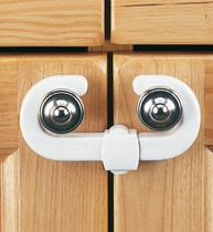 Фото-1 Защитный замок для створчатой двери Clippasafe CL72/1