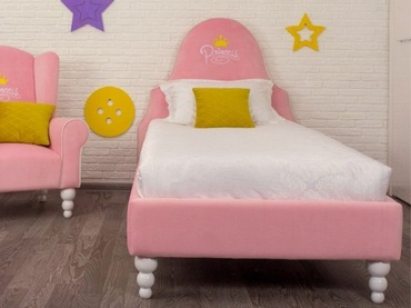 Фото-1 Кровать с ИМЕННОЙ вышивкой Art-A на опорах